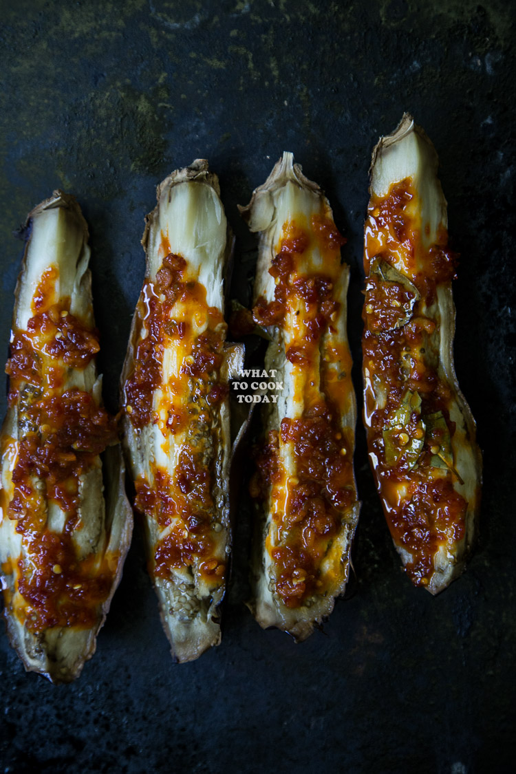 How to make Sambal Terong Bakar/ Roasted Eggplants with Sambal. Delicious and easy Indonesian Sambal Terong Bakar/ Roasted Eggplants with Sambal recipe. Click through for full recipe and step by step instructions
