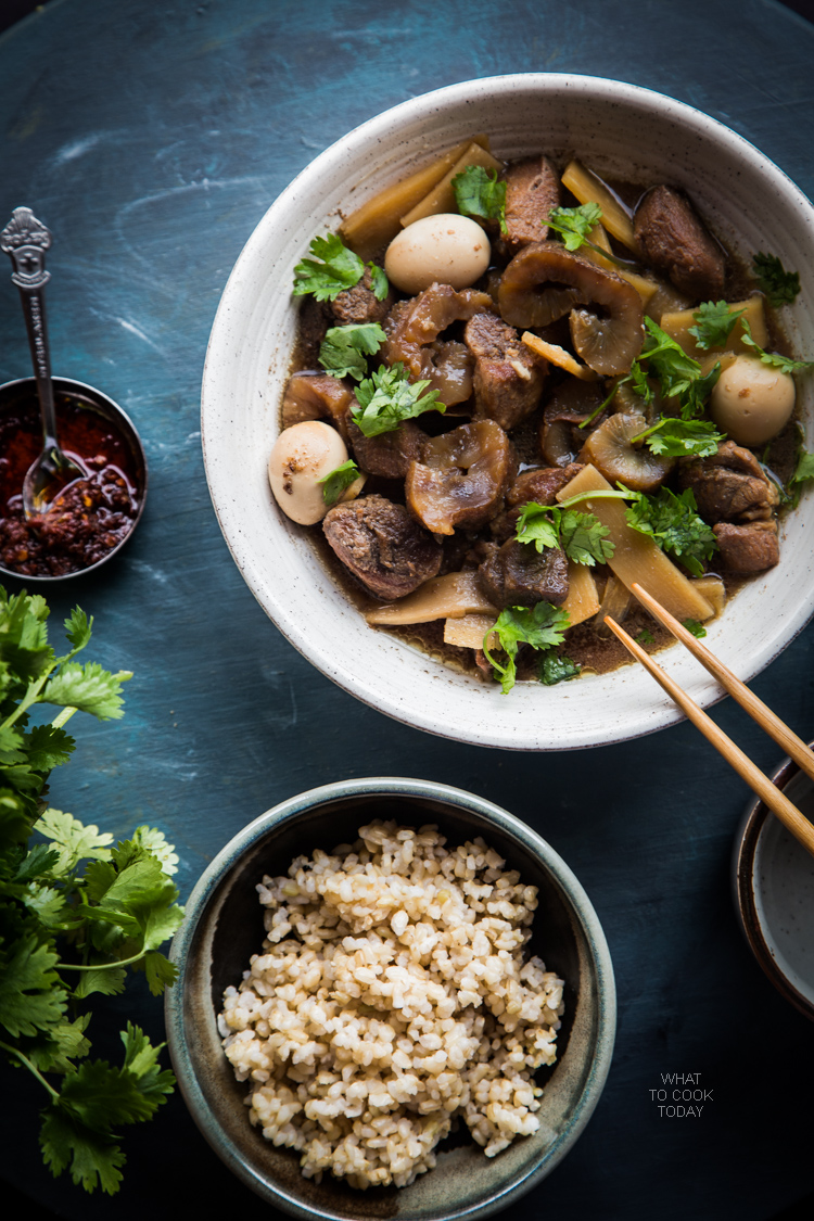 Braised pork with sea cucumber is a perfect one-pot meal made with pork butt, sea cucumber, bamboo shoots, and quail eggs braised in seasonings and spices.