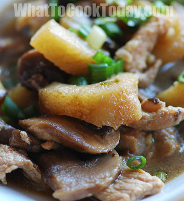 PORK WITH SEA CUCUMBER AND MUSHROOM STIR-FRY