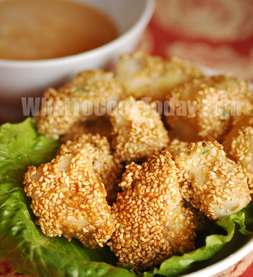 SESAME SEEDS COD FISH WITH FOUR SAUCES