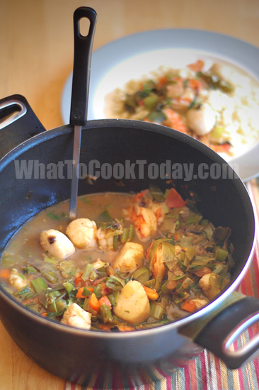 SHRIMP AND SCALLOP STEW WITH COUSCOUS PILAF