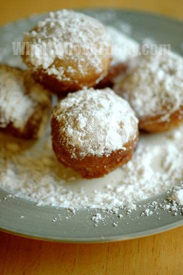 CAKE DOUGHNUTS