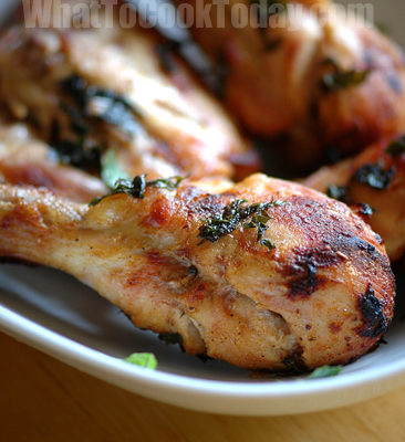 TANDOORI CHICKEN WITH MINT