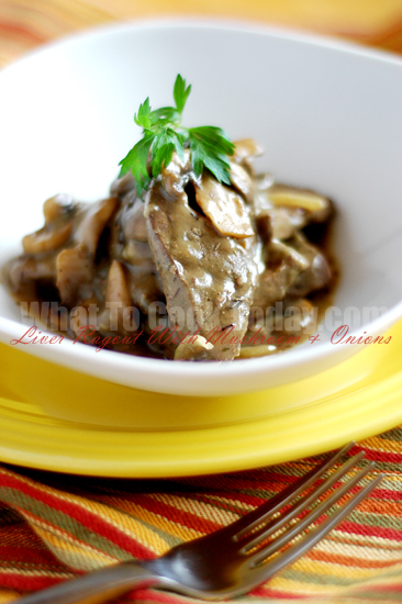 LIVER RAGOUT WITH MUSHROOMS AND ONIONS