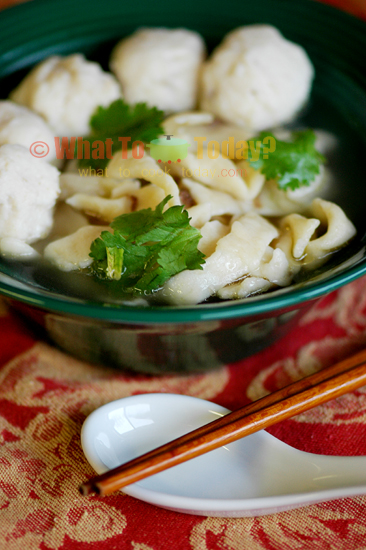 NOODLE SOUP WITH FISH BALLS