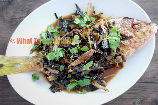BRAISED FISH WITH PRESERVED VEGETABLES