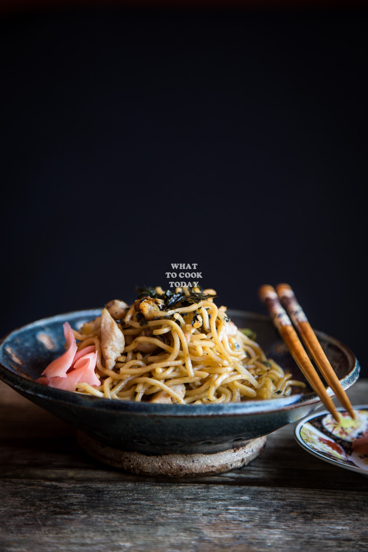 Easy Yakisoba (Japanese Stir-fried Noodles with Pork and Vegetables)