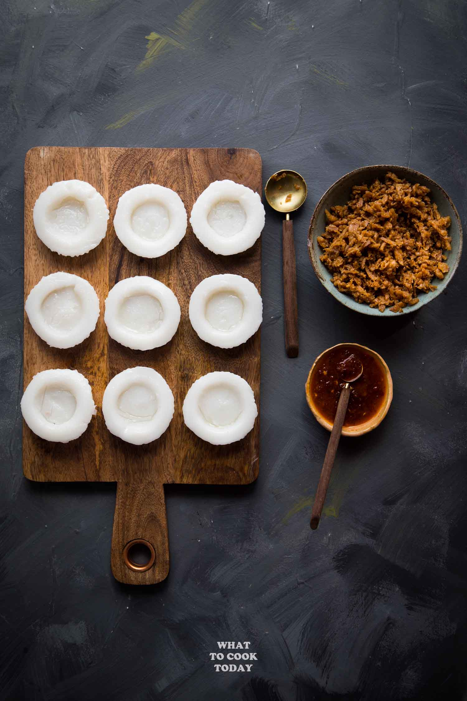 Soft Chwee Kueh (Water Cake with Chai Poh / Preserved Turnip)