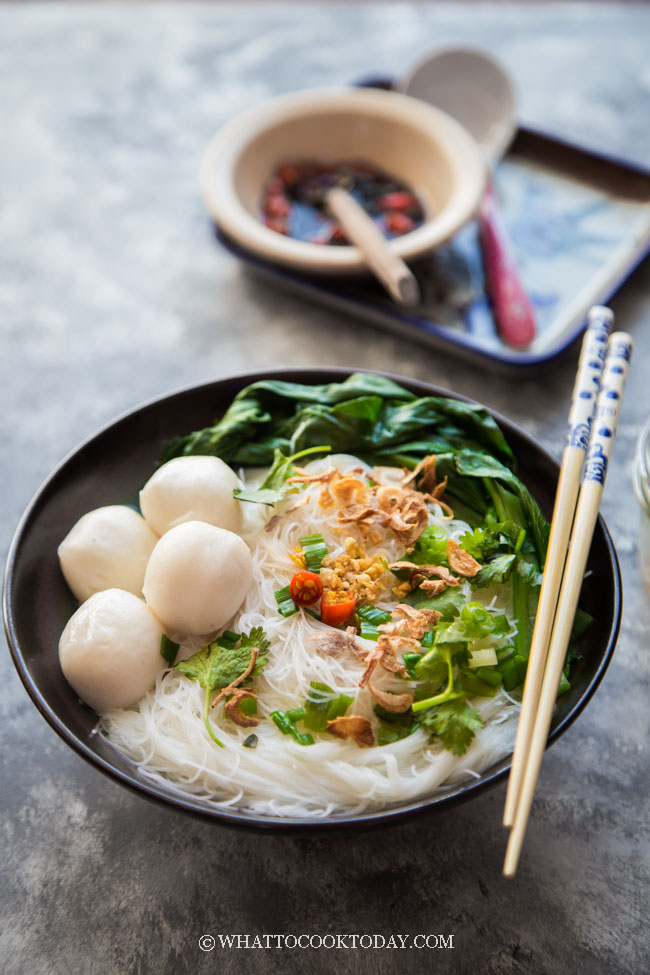 Easy Fish Ball Bee Hoon Noodle Soup