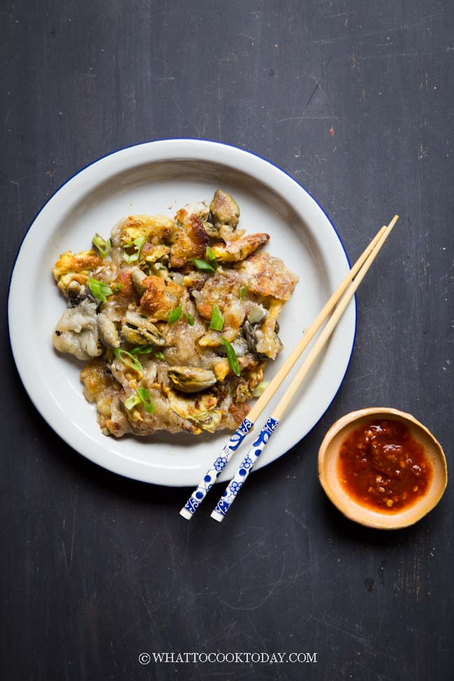 How To Make Orh Jian Or Luak Hawker Fried Oyster Omelette