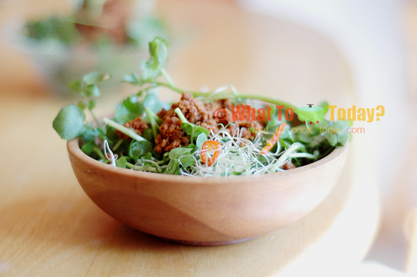 Jamie Oliver California Sprout Salad