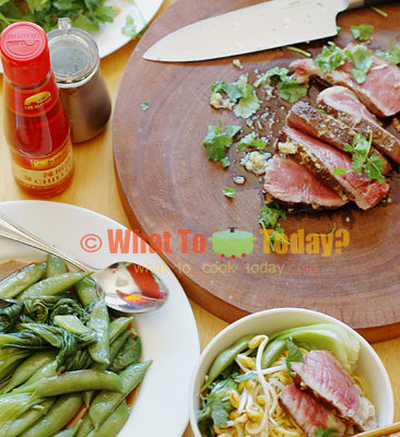 30-MINUTE MEAL: RIB-EYE STEAK WITH DAN DAN NOODLES AND GREENS