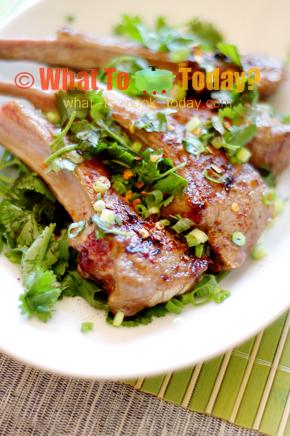 BARBECUED LAMB CHOPS/ 燒 烤羊 排