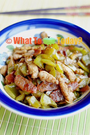 STIR-FRIED PORK WITH GREEN PEPPERS