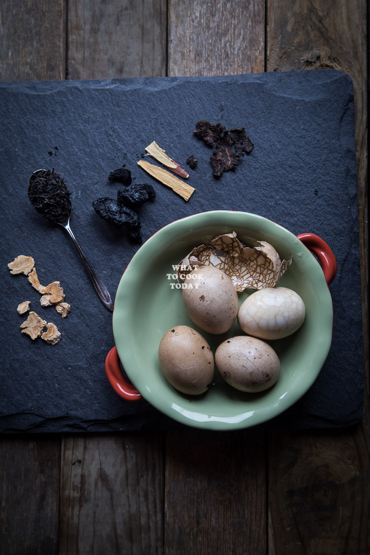 How to make Asian Marbled Tea Eggs. Delicious Marbled Tea Eggs recipe. Click through for full recipe and step by step instructions