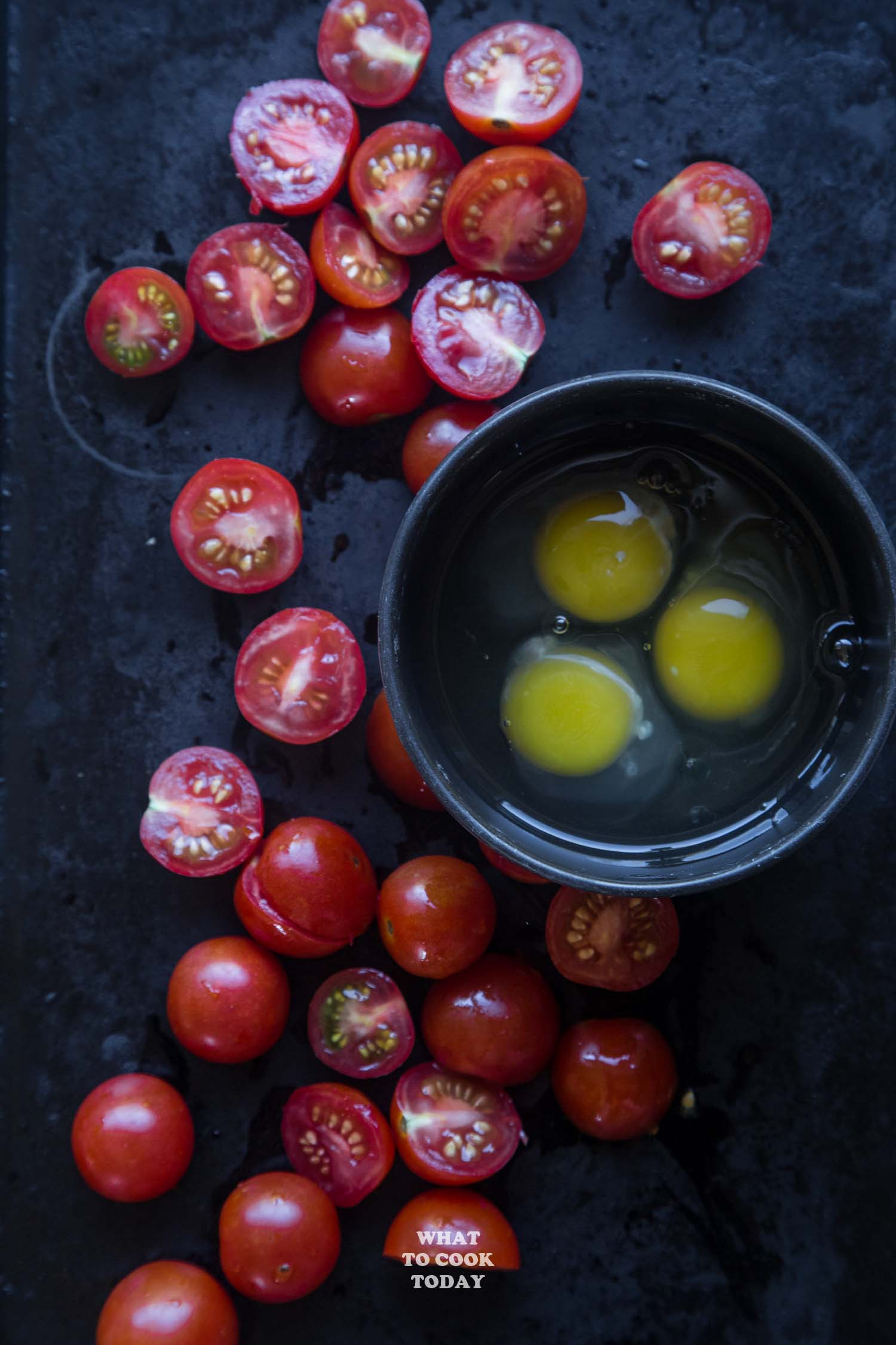 15-Minute One-Pan Tomato and Egg Stir-fry