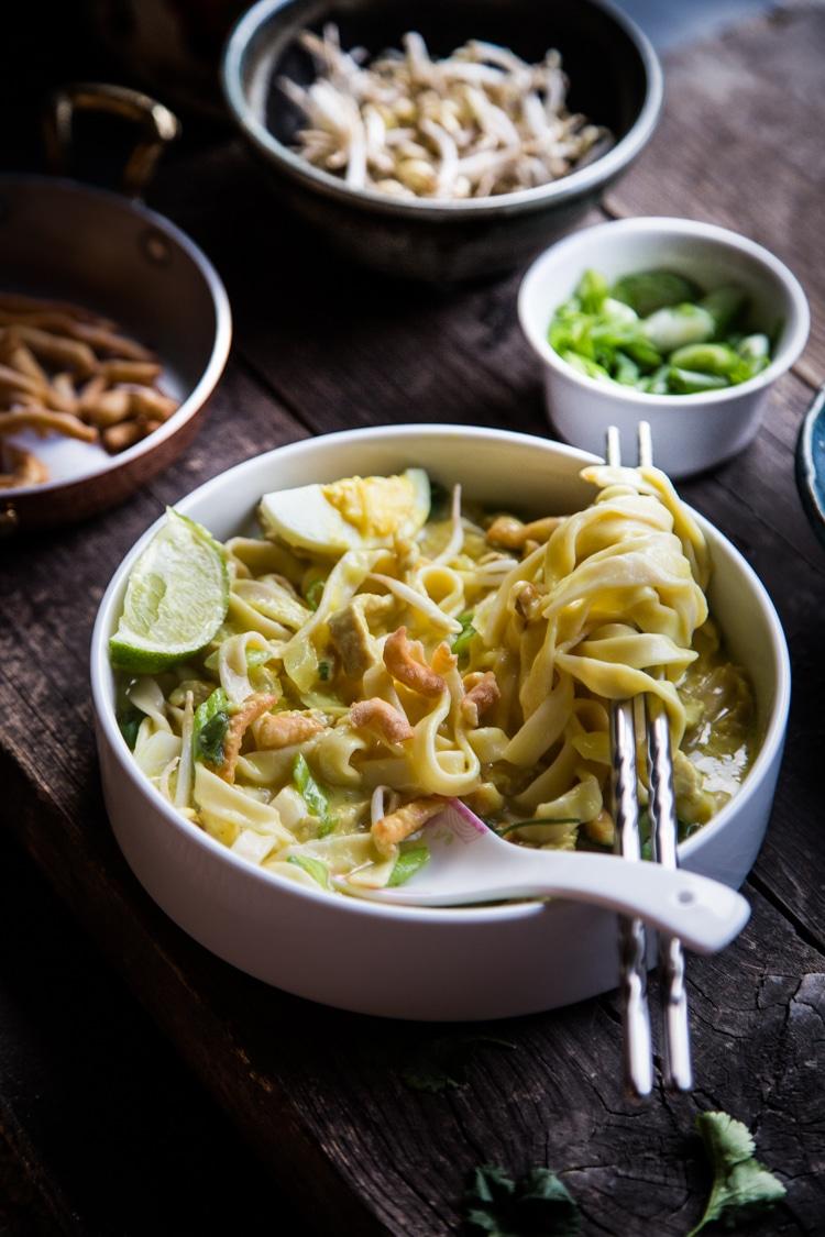 Burmese Coconut Chickpeas Noodle Soup (Ohn-No Khao Swe)