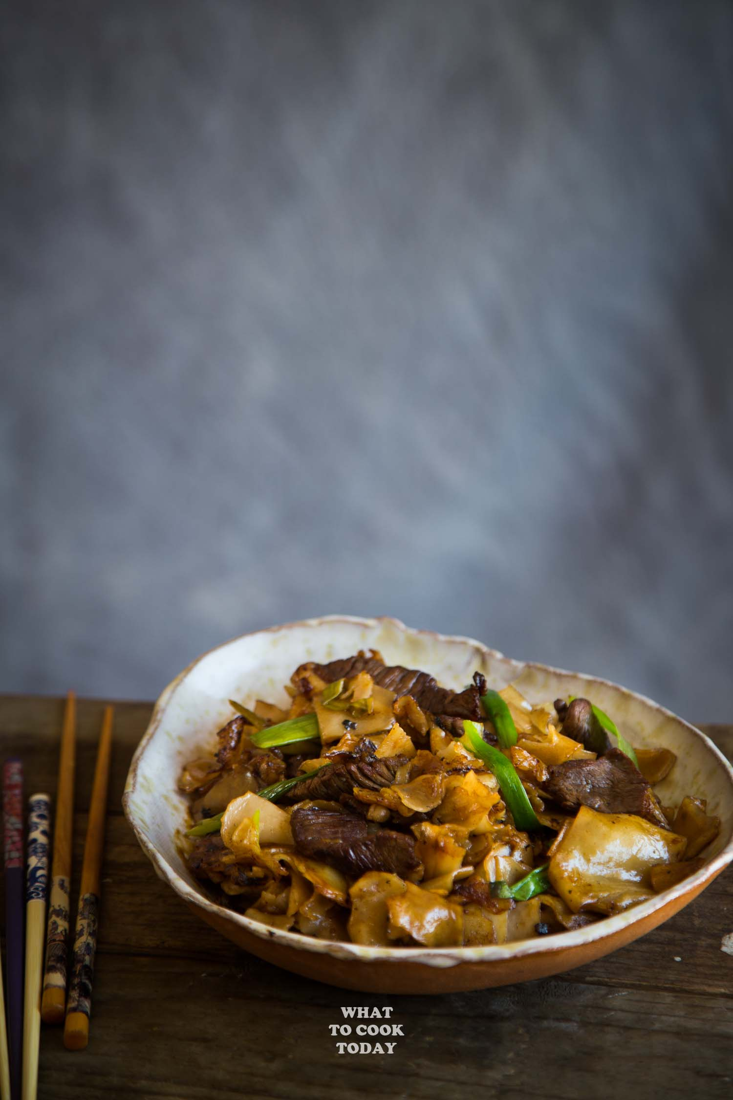 Restaurant-style Beef Chow Fun