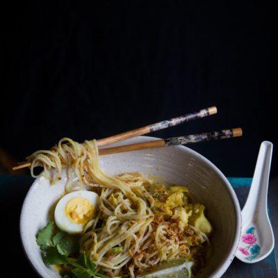 Burmese Mohinga (Rice Noodle Fish Soup)
