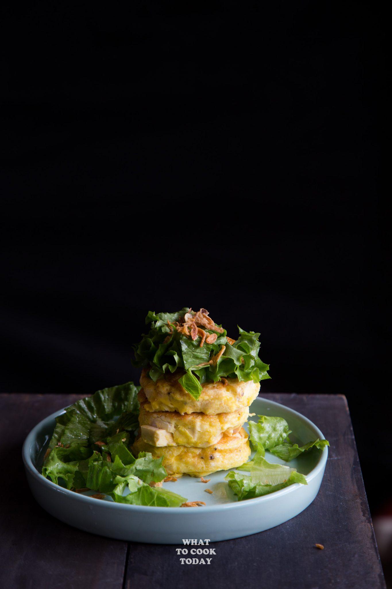 Tahu Telur (Indonesian Tofu Omelette Salad) #tofu #omelet #omelettes #eggs #easyrecipe #indonesianfood