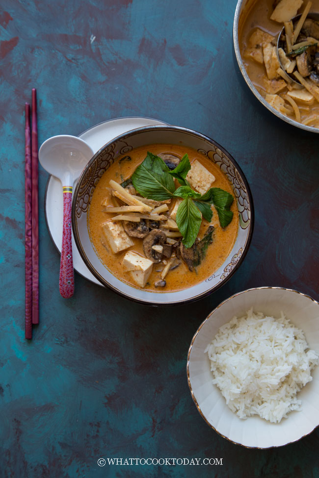 How To Make The Best Thai Red Curry (All the tips you need)