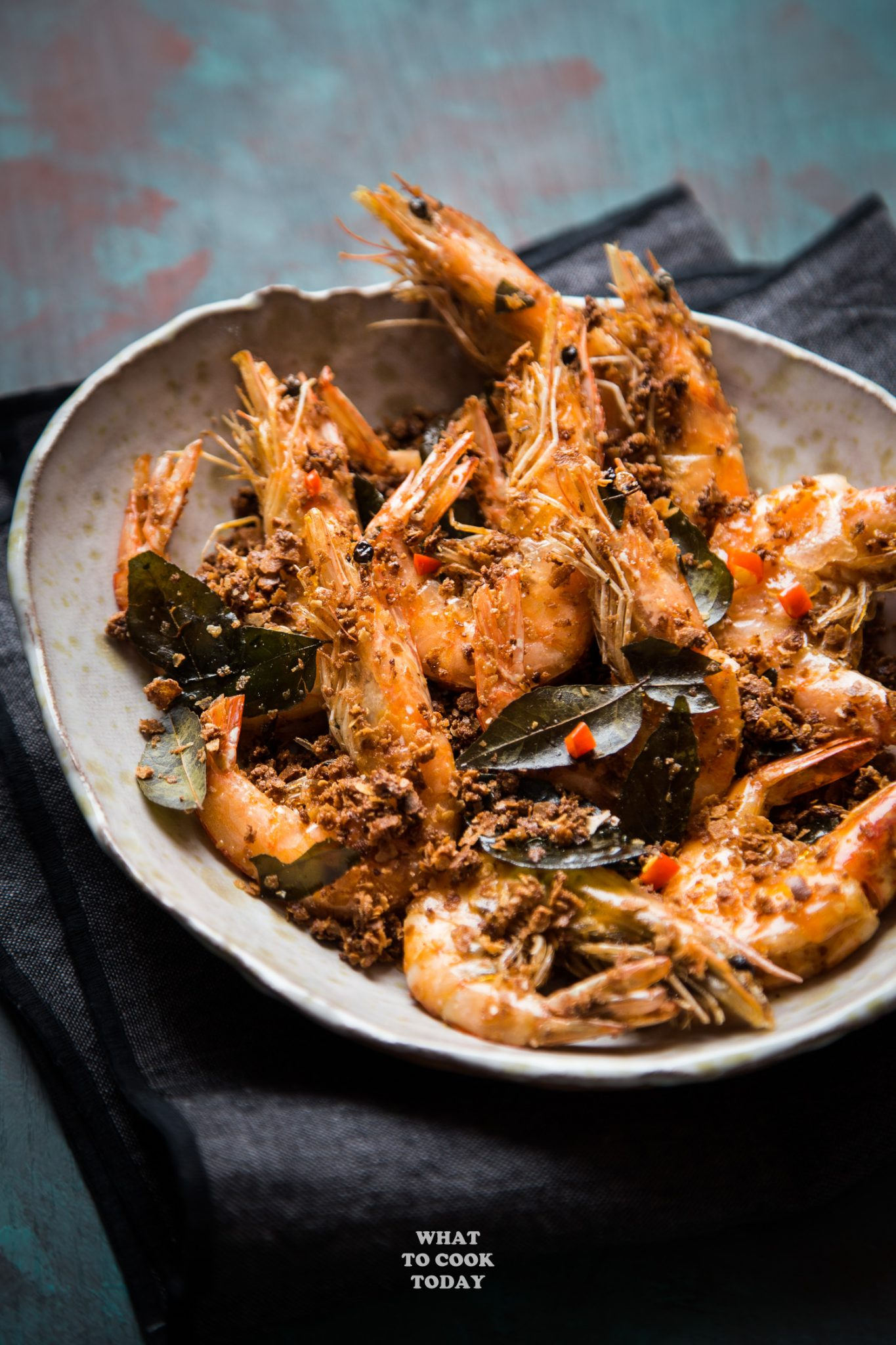Cereal Butter Prawn (Mai Pian Xia) #prawn #shrimp #nestum #cereal #CNY #curryleaves #butter