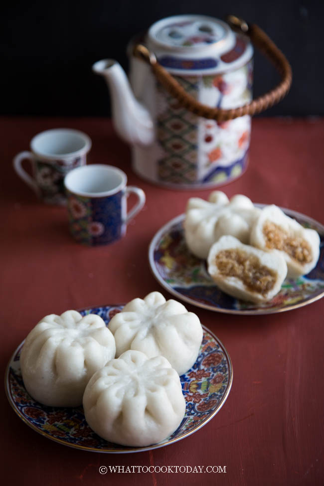 Soft Fluffy Chinese Steamed Buns with Coconut Filling