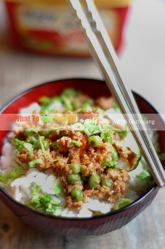 MEAT STIR-FRY WITH GOCHUJANG