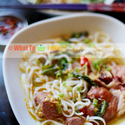 BEEF AND PORK KNUCKLE NOODLE SOUP / BUN BO GIO HEO