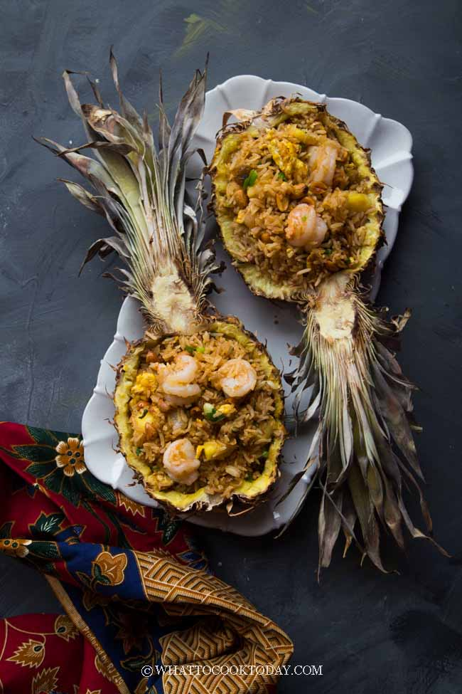 Thai Pineapple Fried Rice (Khao Pad Sapparod)