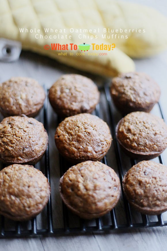 WHOLE WHEAT OATMEAL BLUEBERRIES CHOCOLATE CHIP MUFFINS