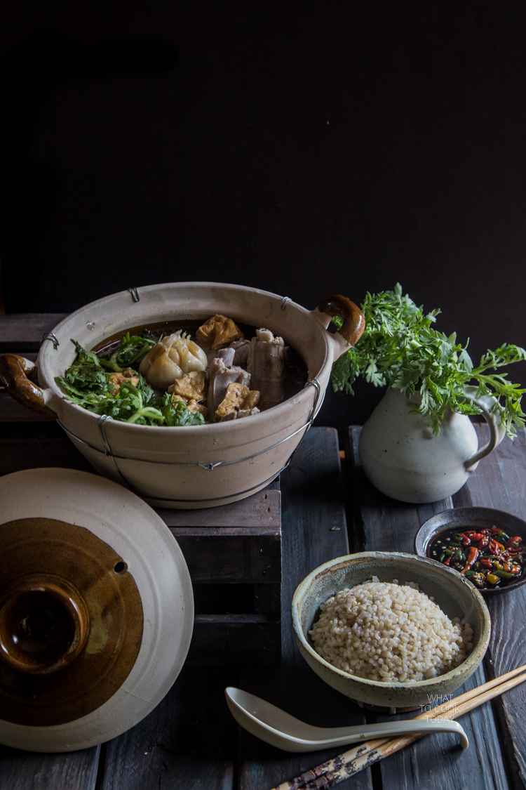 Pork ribs tea soup (bak kut teh)