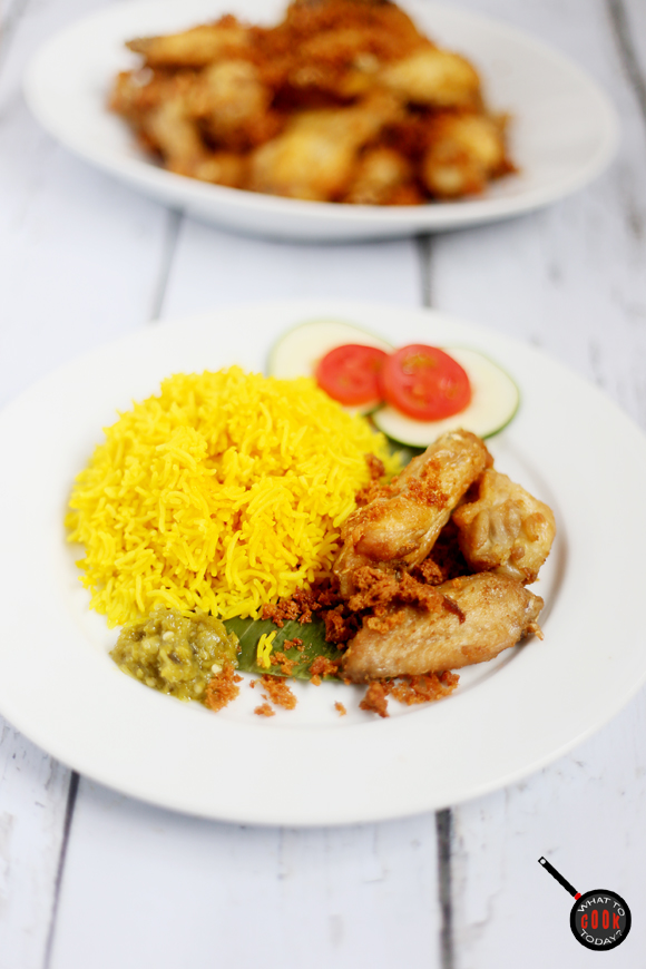 Nasi Kuning (Indonesian Turmeric Rice)