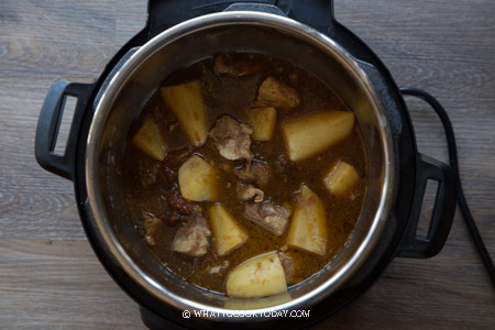Semur Daging Kentang (Pressure Cooker or Stove Top)