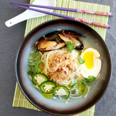 Crabs and mussels ramen with truffle butter