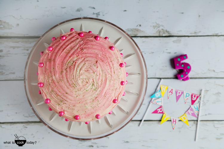 Rainbow cake that will brighten up anyone's life #rainbowcake