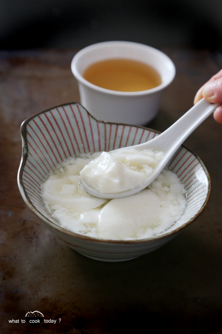 Silken milk curd with rose water syrup.cow's milk/soy milk cooked with unflavored gelatin to give you the smooth and soft curd. Serve with rose water infused syrup. So..so delicious and so easy to make.