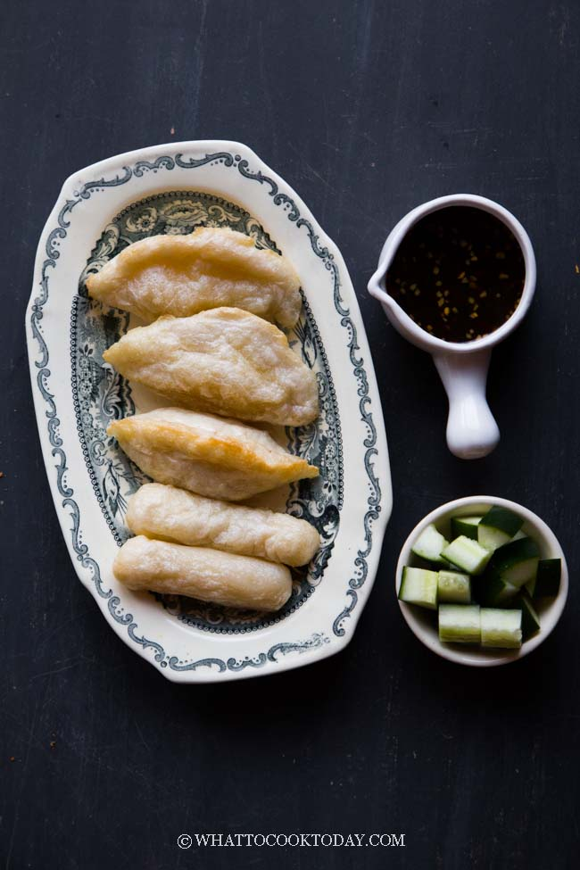 Pempek Ikan Palembang Saus Cuko (Indonesian Fish Cakes)