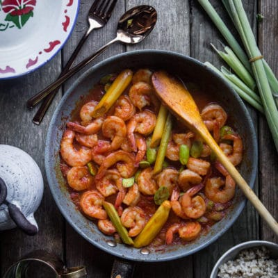 Shrimp with lemongrass (Sambal udang serai)