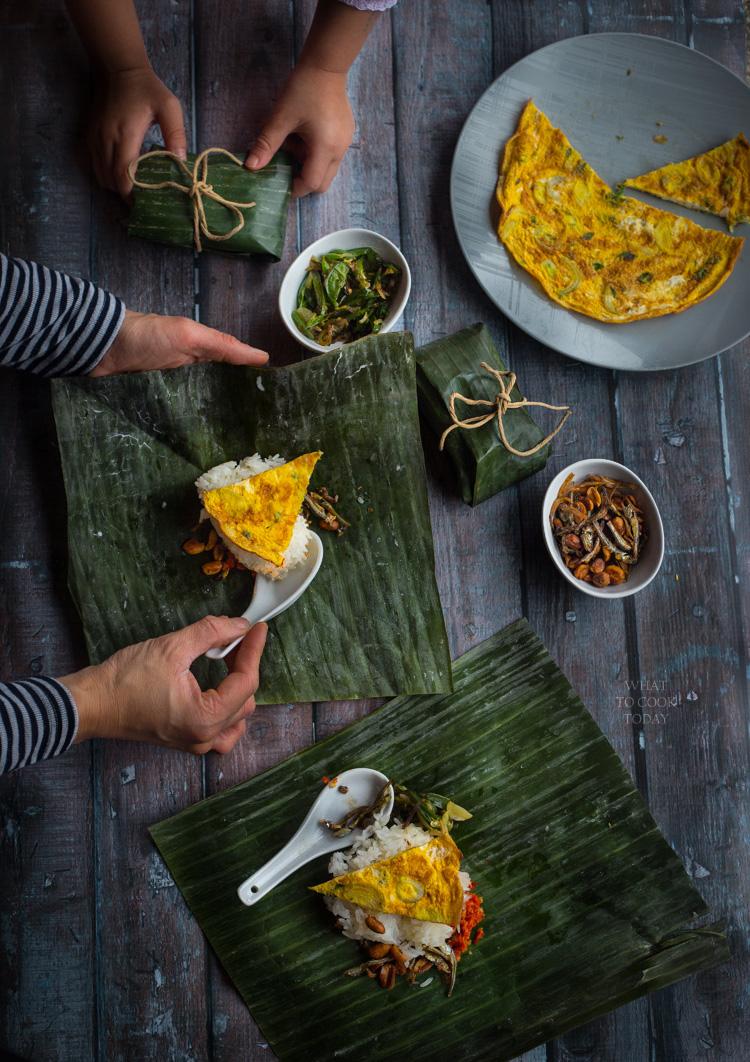 Indonesian spiced mini rice (nasi prang)