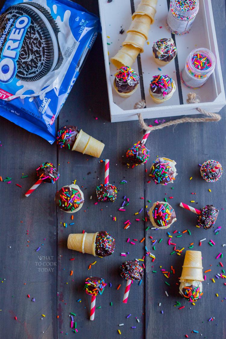 OREO cookie balls cones and pop sticks #OREOCookieBalls #ad