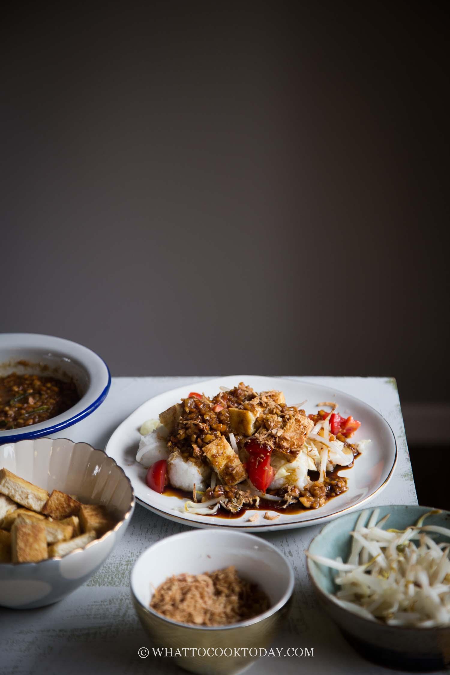 Tahu Goreng Kecap (Tofu with sweet soy sauce dressing)