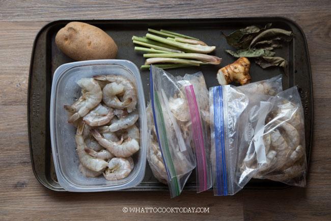 Mie Rebus Medan (Boiled Noodles in Shrimp Gravy)