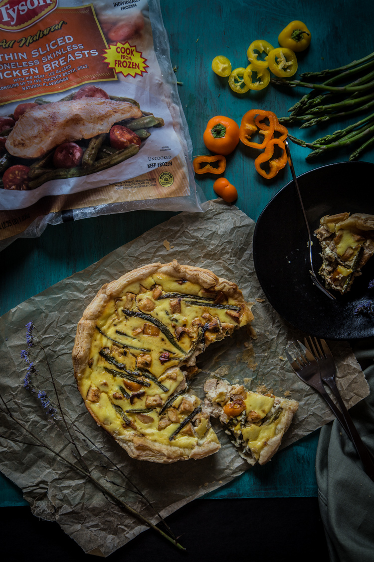 Ad #ThinSlicedChicken Chicken with asparagus and sweet peppers puff tarts