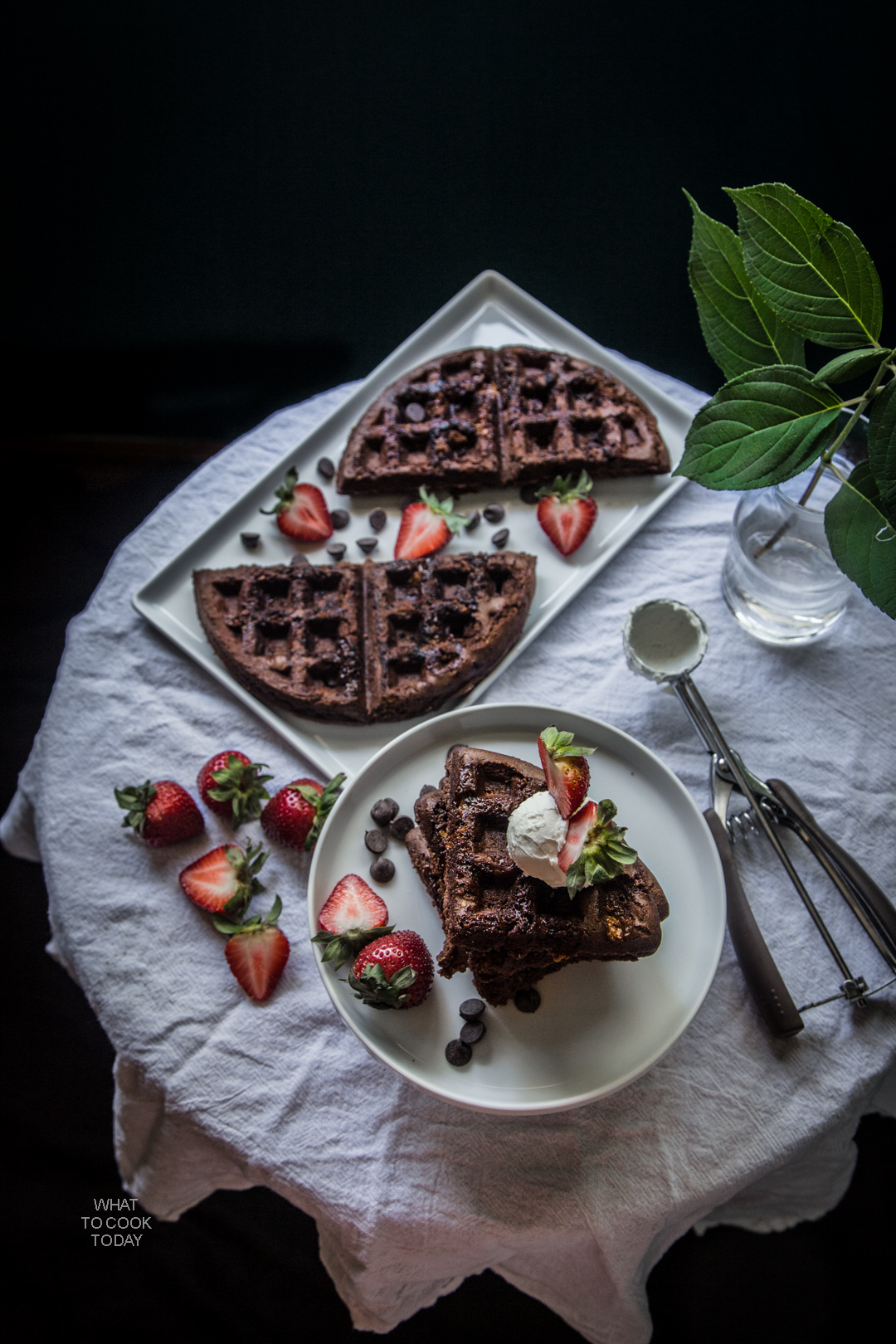 Brownie waffles with mascarpone and berries #mixinmoments #ads