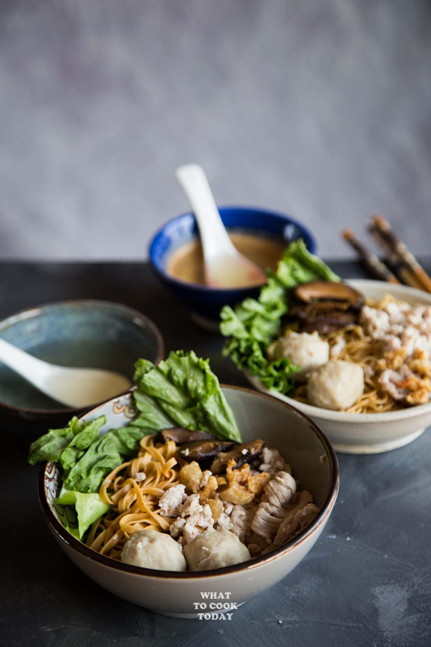 Easy Singapore Bak Chor Mee (Minced Pork Noodle)
