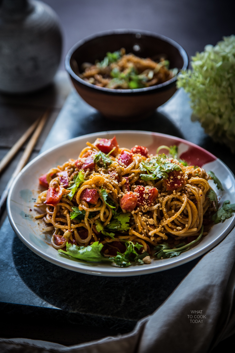 Super easy Noodle with sesame peanut dressing. Creamy. Nutty. Spicy (or not)