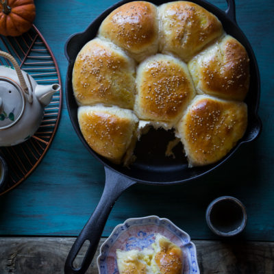 Pumpkin custard baked buns (updated)