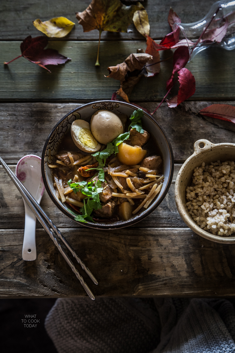 Braised pork with bamboo shoots