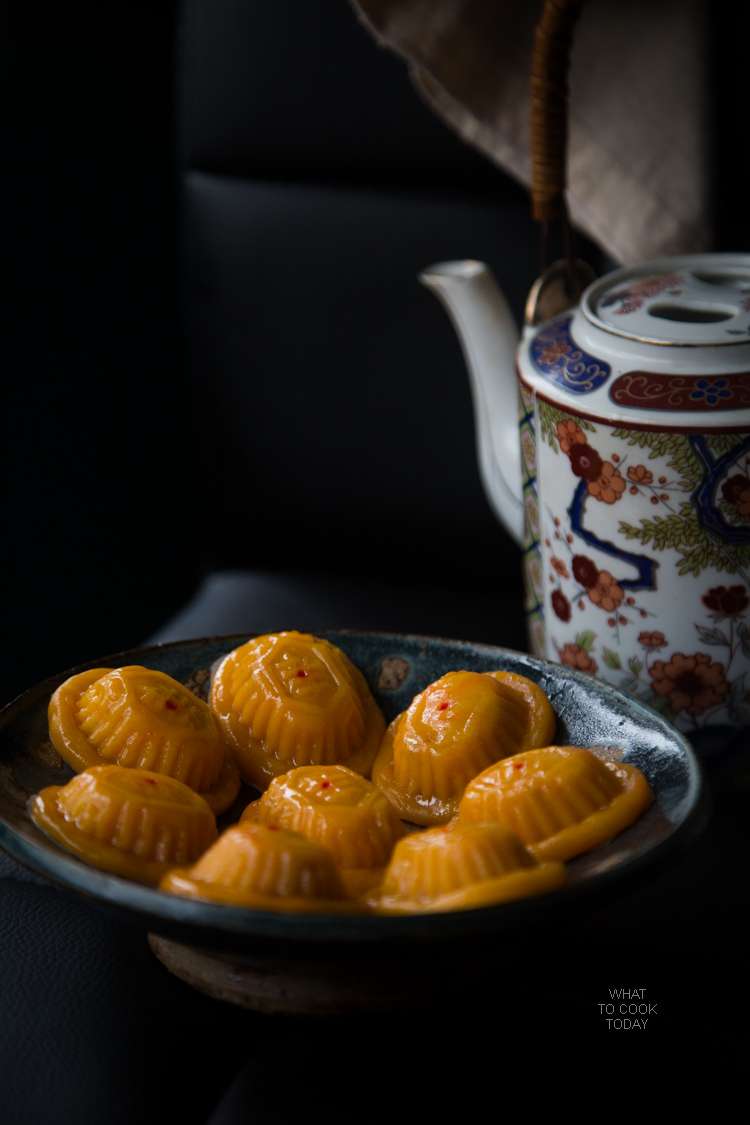 Pumpkin ang ku kue (Pumpkin tortoise cake).Made with sticky rice flour. Filled with peanuts or mung bean paste and pressed into a mould and then steamed